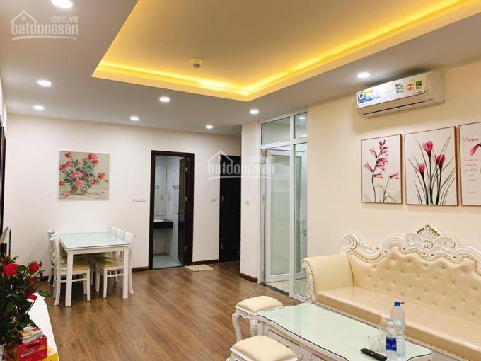 Chính chủ cần cho thuê căn hộ A10 Nam Trung Yên, 3PN, đủ nội thất như ảnh. LH: 0979.460.088