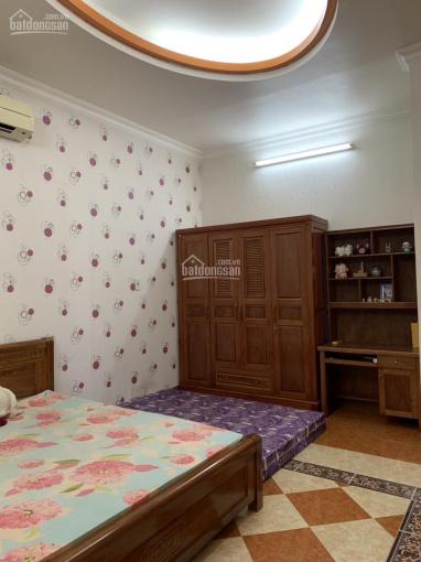 Cho thuê nhà MTKD đường Nguyễn Hoàng 7x20, hầm 4 lầu, giá 92,32 triệu/tháng, LH 0937903409