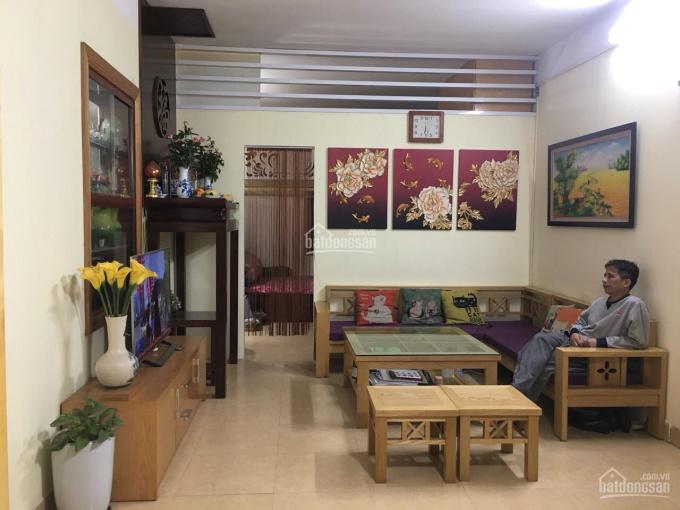 Cho thuê căn hộ 2PN DT 60m2, TT nhà máy thuốc lá Thăng Long, Nguyễn Trãi, Thanh Xuân. LH 0979300719