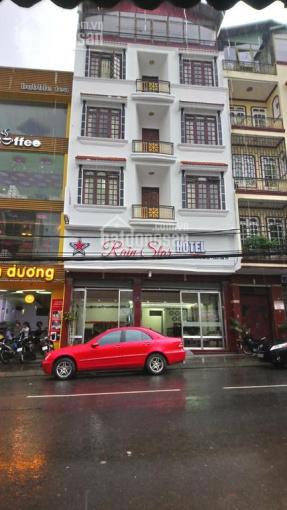 Chính chủ cho thuê khách sạn đường Phó Đức Chính, Q1, 14 tầng, giá 700tr