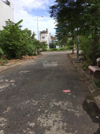 Bán nhà Quận 9, HXH đường Đỗ Xuân Hợp, KDC Nam Long, 136 m2 giá 12,5 tỷ, LH: 0909.00.05.01 ảnh 0