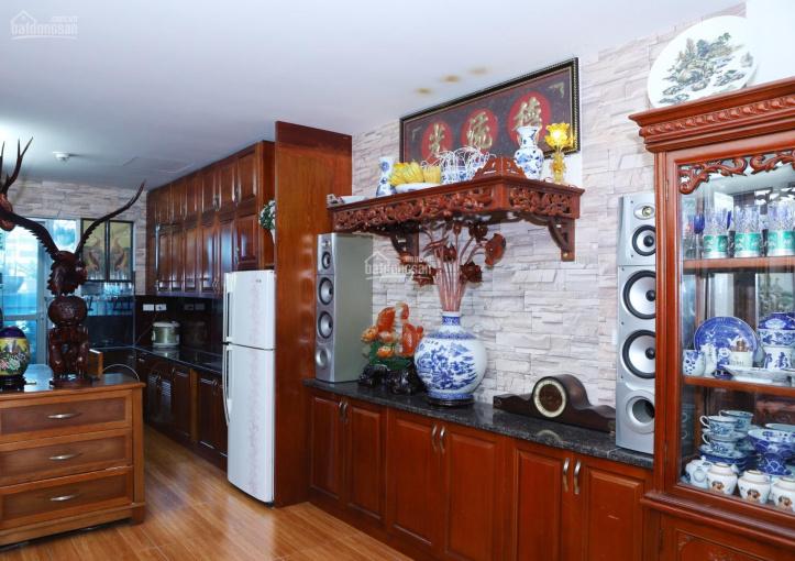 Chính chủ bán căn hộ 536A Minh Khai, 2 phòng ngủ, đầy đủ nội thất, sổ đỏ chính chủ, LH 0363059428