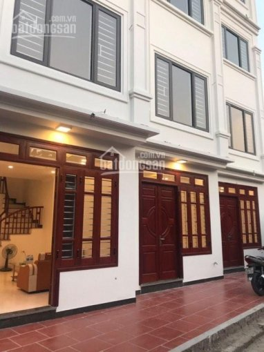 Bán nhà đẹp Vũ Xuân Thiều, Sài Đồng 32m2 x 4,5T, ngõ 2,2m, giá 2,55 tỷ (cách mặt phố chính 50m)