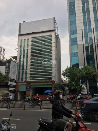 Cho thuê nhà mặt tiền Lê Thánh Tôn - Bến Thành, Q1. H, 8 tầng, 16 phòng, DT: 5x20m, 240 triệu/tháng