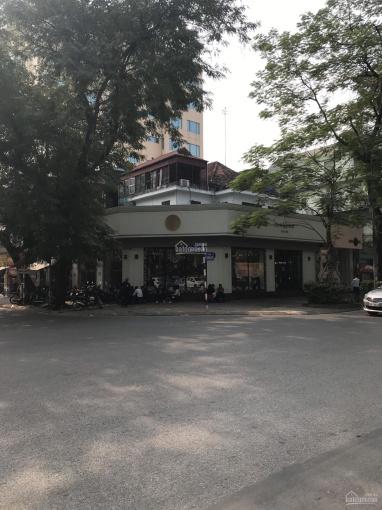 Nhà mặt phố Phan Đình Phùng, nhà dang biệt thự