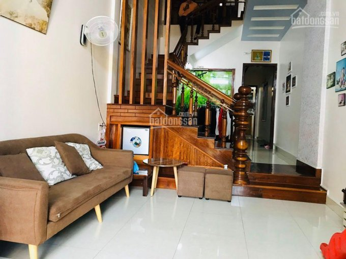 Bán nhà ngõ 110 Trần Duy Hưng, 40m2, 5 tầng, lô góc, về ở đón tết. Giá 3.5 tỷ, LH 0963464863