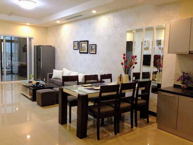 Chính chủ cần bán căn hộ R4 Royal city 3 Phòng ngủ, DT: 132m2, đầy đủ nội thất lh: 0837308509