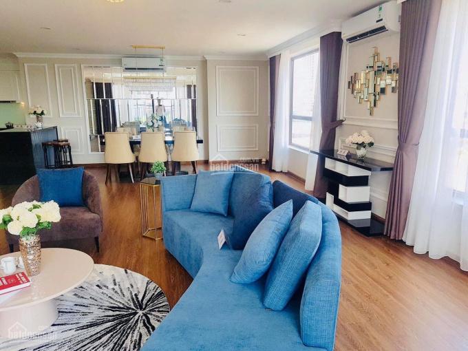 Tôi bán căn hộ cao cấp KĐT Ciputra, DT 148m, 4PN, 2VS, giá 5,5 tỷ full nội thất, nhận nhà ở luôn