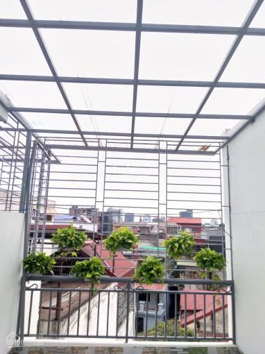 Bán nhà 5 tầng 51m2 Hoàng Hoa Thám, Ngọc Hà, Ba Đình 2 mặt thoáng ánh sáng tự nhiên 4,95 tỷ
