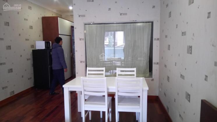 Chính chủ cho thuê phòng 50m2 full đồ ở 380 Nguyễn Văn Cừ giá 6.5 tr/th: 0829911592