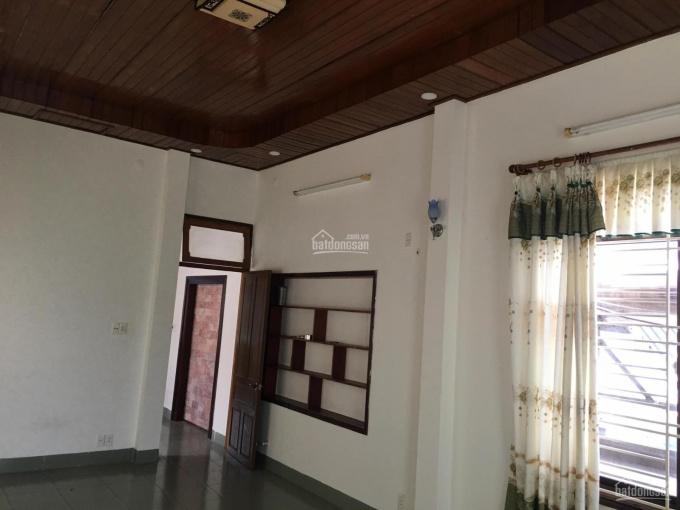 Cho thuê phòng trong nhà nguyên căn mặt tiền đường Thanh Long