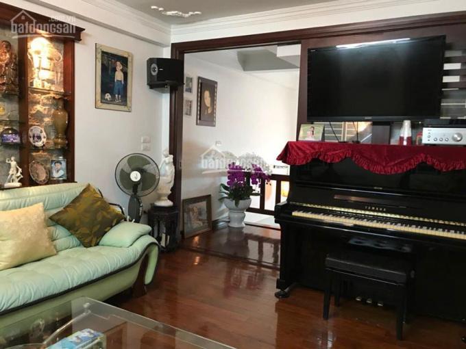 Bán nhà, phân lô, 80 Trung Kính, 70m2 giá tốt nhất thị trường. Call 0913781956