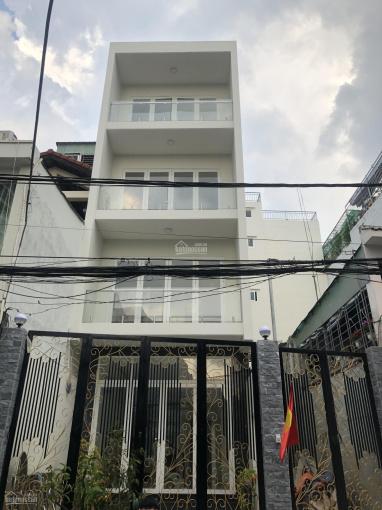 Cho thuê mặt bằng nhà nguyên căn đường Nguyễn Cừ, P. Thảo Điền, Quận 2