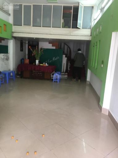 Chính chủ cho thuê MP Hào Nam căn góc đẹp nhất phố vỉa hè rộng, DT 65m2x6 tầng. LH 0942880886