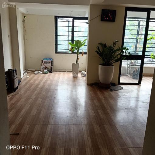 Cho thuê hai mặt bằng phố Trường Định, DT 60m2/sàn - 4 tầng thông sàn. LH chị Hằng 0916888422