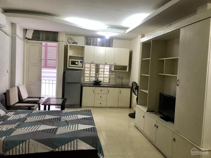 Siêu hot cho thuê căn hộ rẻ chỉ 5tr, đẹp ngay khu vực đường Láng, Quận Đống Đa, full nội thất