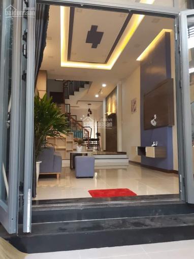 Nhà 3 tầng kiệt ô tô Nguyễn Tất Thành full nội thất, giá rẻ