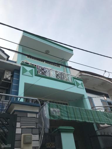 Bán nhà HXH đường Trương Phước Phan, quận Bình Tân nhà 3 tầng, 4PN, 2WC, giá 4.3 tỷ thương lượng