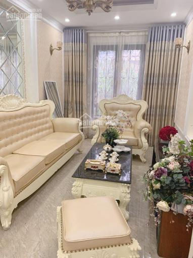 Chính chủ bán gấp nhà 5 tầng mặt phố Hạ Đình - Thanh Xuân, 82m2 + MT 3,4m, giá 9 tỷ 75, 0936868983