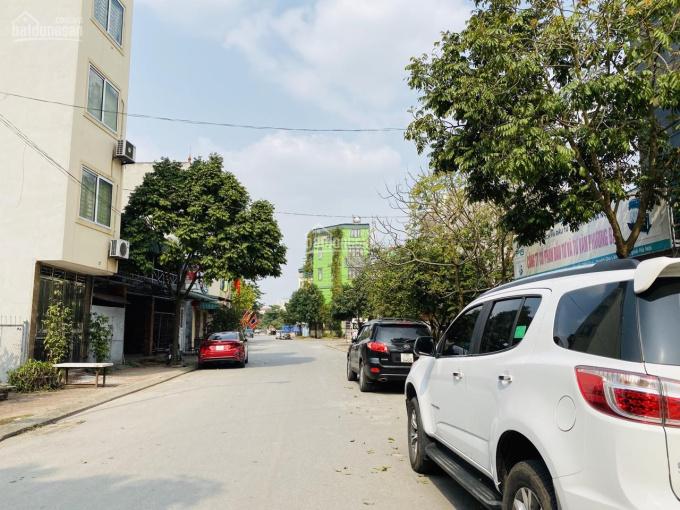 Bán gấp 116m2 đất mặt đường Cửu Việt 1, Trâu Quỳ, Gia Lâm, kinh doanh thoải mái. LH 0987498004