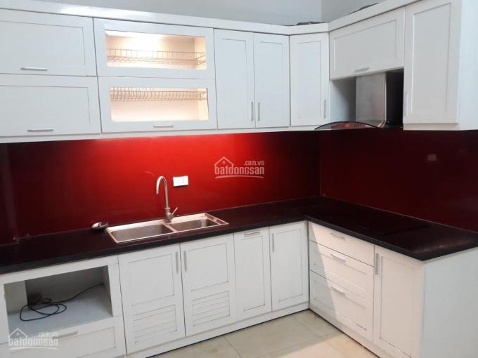 Cho thuê nhà nguyên căn 3 tầng mới xây phố Khâm Thiên