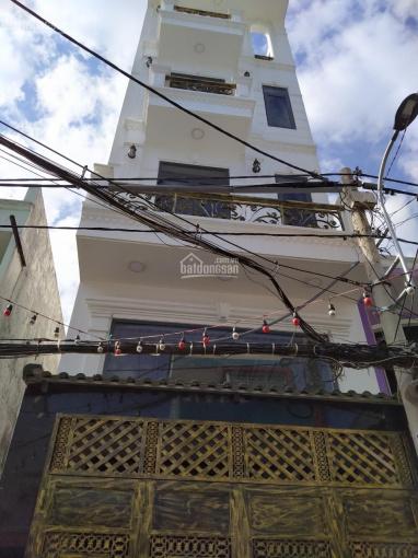 Nhà phố cao cấp HXH 5m thông Phạm Văn Chiêu, P9. DT 4x13m đúc 3 lầu