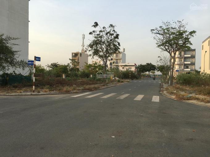 Bán đất 80m2, giá 6,8 tỷ, khu tái định cư Nam Rạch Chiếc, P. An Phú, Quận 2. LH: 0902126677