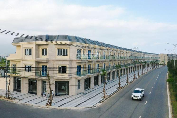 Chính chủ cần tiền bán gấp căn góc nhà mặt tiền đường 34m Mê Linh, giá siêu rẻ, chỉ bằng tiền đất