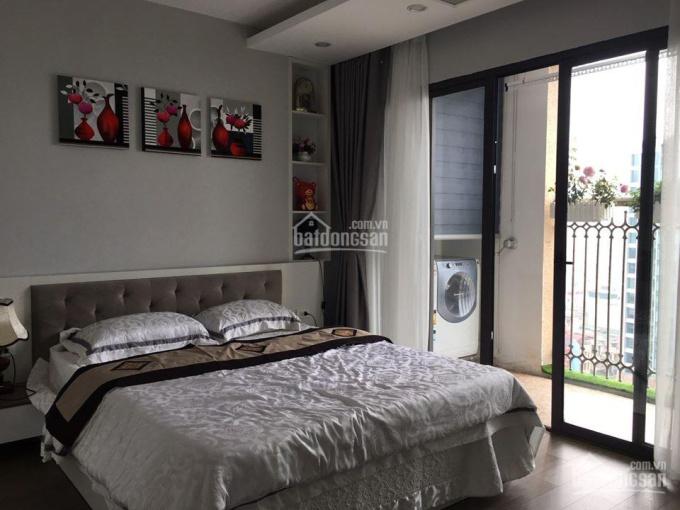 Cho thuê chung cư Vinhomes 56 Nguyễn Chí Thanh, căn góc, 127m2, 3 ngủ, đủ đồ thiết kế trẻ trung