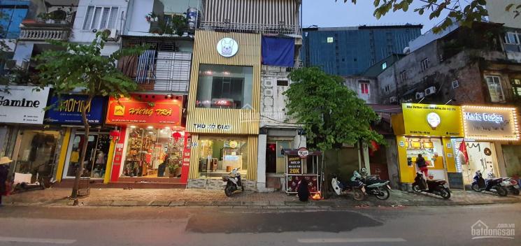 Sang nhượng cửa hàng gần phố Kim Mã đông đúc vỉa hè rộng đẹp giá rẻ