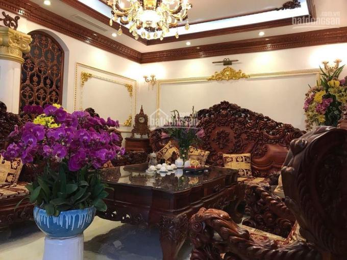 Bán biệt thự BT7 Việt Hưng 190m2 x 4 tầng, MT 11m, đẹp - độc - lạ, tặng nội thất 10 tỷ, 18.5 tỷ