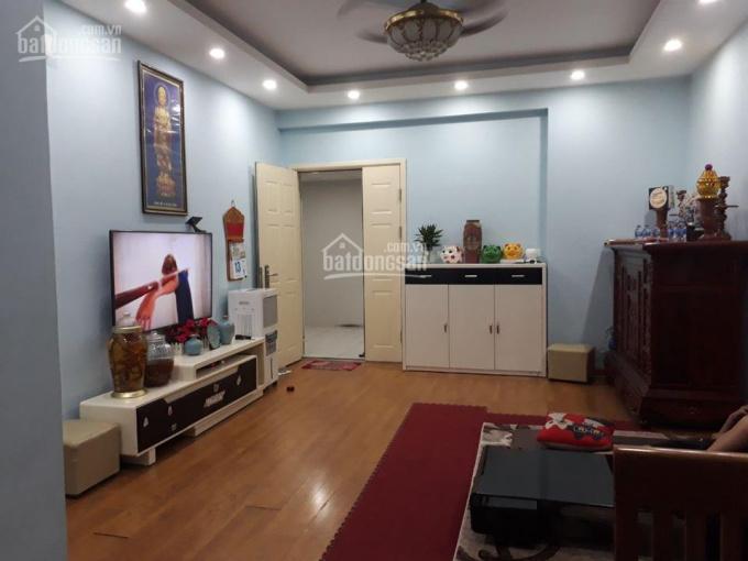 Bán gấp căn hộ 2 PN 81 m2 tòa CT2 Nam Xa La, nhà đẹp giá tốt trong nội khu. LH ngay: 0767944444