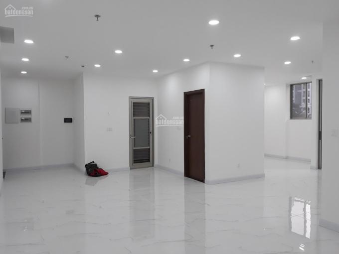 Cho thuê căn shop tại Midtown M6 Phú Mỹ Hưng giá 29 triệu/tháng, LH: 0933710504