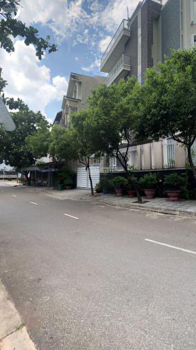 Bán nền biệt thự 2 mặt tiền dự án KDC Sông Giồng, phường An Phú, Quận 2