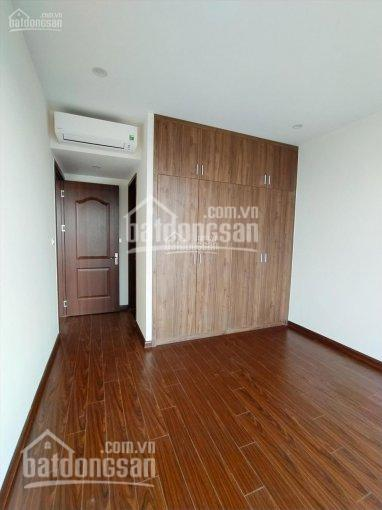 Cho thuê căn hộ Roman Plaza 4 phòng ngủ, căn góc, view Sông Nhuệ, khu liền kề, hướng Đông Nam