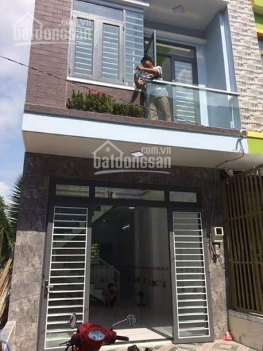 Cần bán căn nhà 1 trệt 1 lầu đường Suối Lội, gần chợ Việt Kiều, Củ Chi, 100m2, Có sổ, 1tỷ200triệu