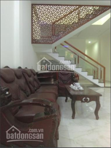 Bán nhà mới đường Vũ Quỳnh gần biển Nguyễn Tất Thành. LH: 0943 636 357