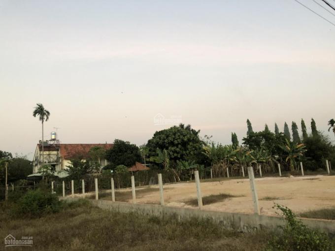 Bán đất Củ Chi xã Tân Thông Hội, huyện Củ Chi, TPHCM, DT 22x25 = 565m2 có 300m2 thổ cư