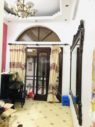 Cho thuê nhà mặt ngõ rộng đường Trường Chinh: liên hệ chính chủ 0983190173