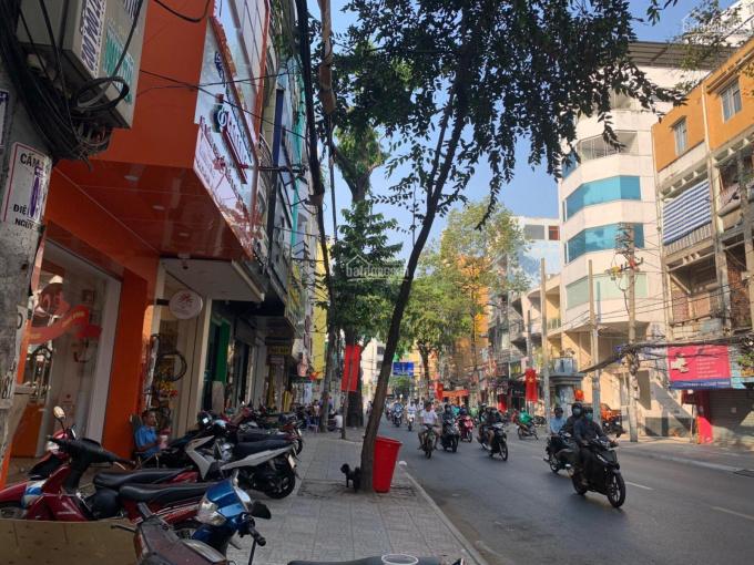 Cho thuê nhà mặt tiền trệt 3 lầu, Trần Quang Khải, Quận 1