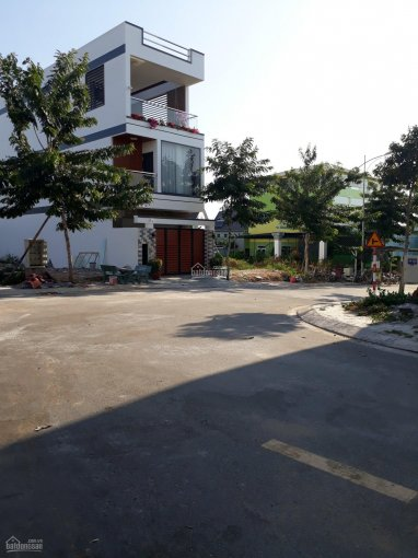 Đất trung tâm thị xã Thuận An Bình Dương liền kề chợ, trường học, dân cư đông đúc. LH 0989 087 523