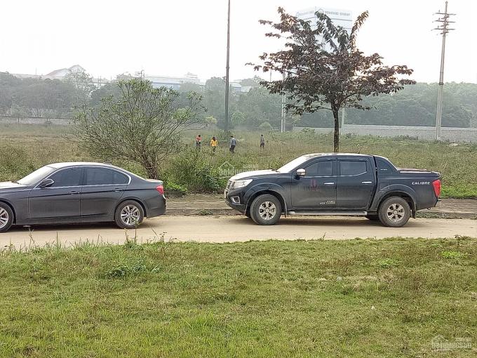 Bán đất Lương Sơn Hòa Bình 2.1ha làm TT nhà vườn, kho xưởng, đường bê tông, xe to vào 0962792687