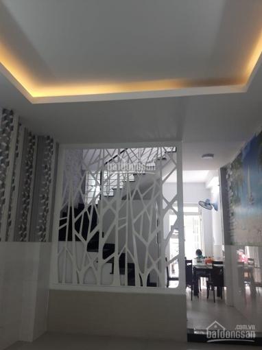 Nhà gần Ngã Tư Bốn Xã, 4x14m, đúc 1 tấm, giá 3,55 tỷ