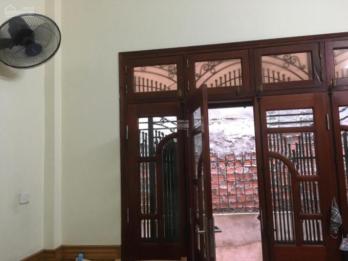 Nhà phố Chùa Láng - Đống Đa giá chỉ 4 tỷ 6. LH 0349157982