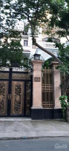 Cho thuê nhà 436 đường 3/2, Q10, DT: 10x23m, 4 lầu, giá 110 triệu/tháng. Tel: 0925288699