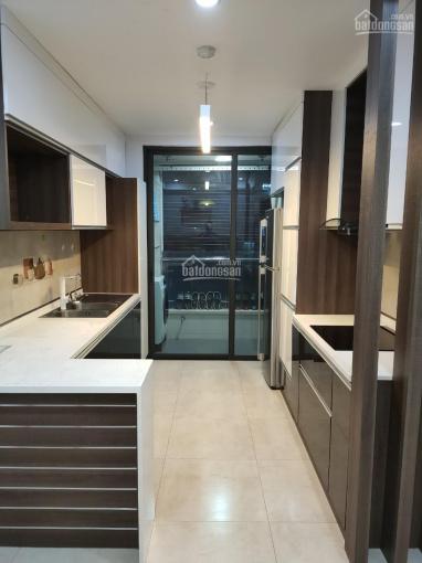 Cần cho thuê nhà riêng 5 tầng ngõ 139 Âu Cơ, giá 6,5 tr/th, 2PN, cơ bản. LH: 0359724515