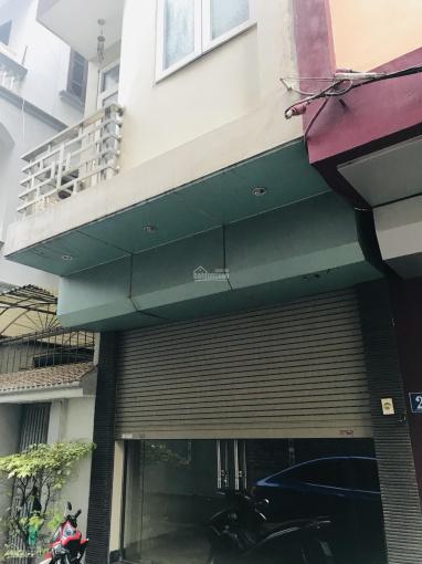 Cho thuê nhà nguyên căn, ngõ lớn, phố Trần Cung, Hà Nội