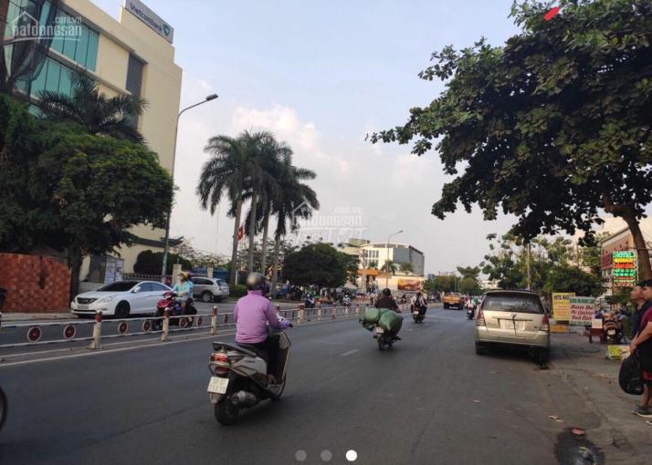 Cho thuê nhà nguyên căn góc 2 MT đường Gò Dầu, Q Tân Phú 5x20 - đúc 7 tấm - thang máy - vị trí đẹp