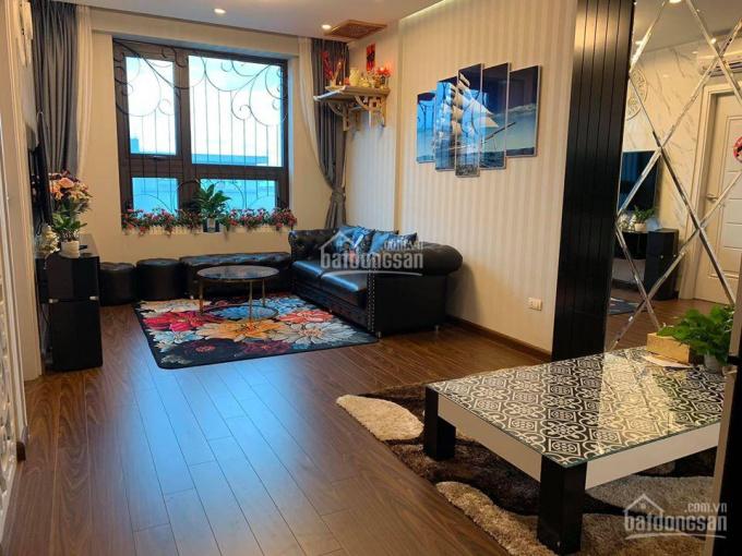 Cho thuê chung cư Valencia, 2PN full đồ giá 8tr/th. LH 0967341626