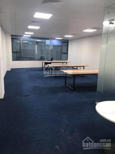 Cho thuê văn phòng giá rẻ Cầu Giấy 80m2 - 21 triệu/tháng (LH 0917.881.711) đẹp mới
